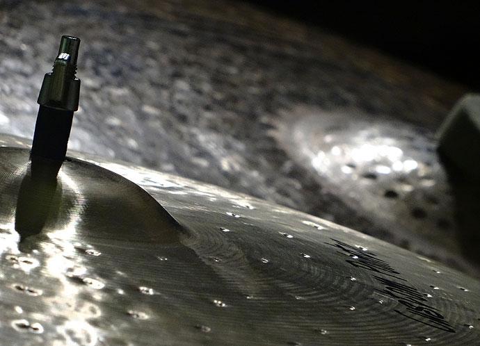 Becken, das der Schlagzeuglehrer in Köln benutzt